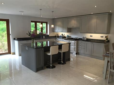 kitchen cabnet design wakefield light grey lps kitchens interiors k c r 3303