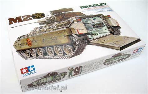 Tamiya 35132 [135] M2 Bradley  Sklep Modelarski Wwmodelpl