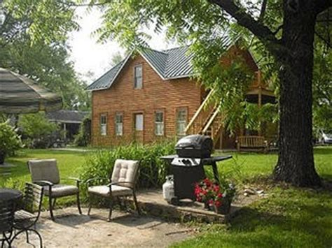 37427 rocheport mo bed and breakfast carriage house katy trail b b