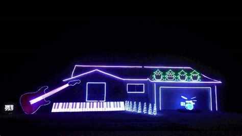 amazing  hilarious christmas light show christmas