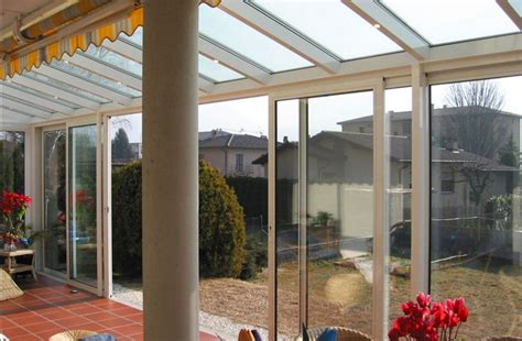verande vetrate vetrate scorrevoli tutto vetro o in alluminio per esterni