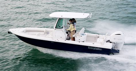 Everglades Sport Fishing Boats by Everglades 253cc Boat Preview Sport Fishing Magazine