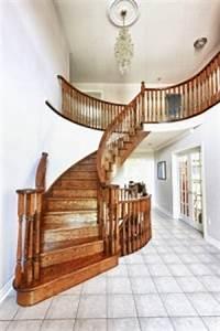 Comment Vitrifier Un Escalier : r novation escalier bois les astuces pour r nover et le vitrifier ~ Farleysfitness.com Idées de Décoration