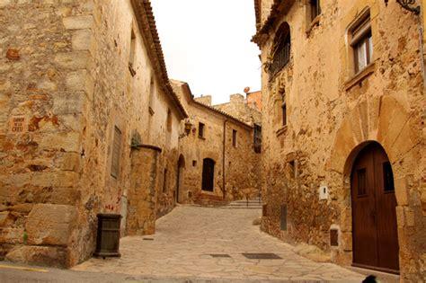 pals girona  pueblo medieval  enamora