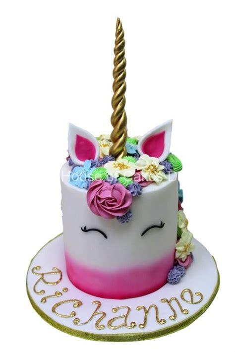cakes  dubai