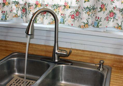 Moen Haysfield Kitchen Faucet   Kitchen Faucet Reviews Pro