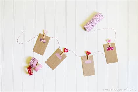 Two Shades Pink Mini Love Notes String