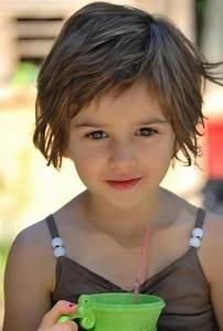 Coupe De Cheveux Fillette : coiffure petite fille cheveux court recherche google ~ Melissatoandfro.com Idées de Décoration