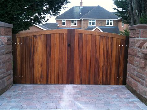 wood gates pictures wooden gate jardines joinery cheshire