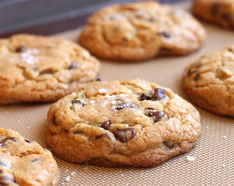 cuisine jacques freshly baked chocolate chip cookies thegrubdaily