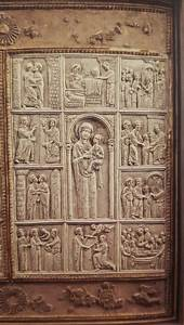 Uno Di Due Pannelli Con Scene Di Cristo E Maria  Xiv Sec