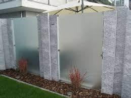 Metallzaun Selber Bauen : die besten 17 ideen zu sichtschutz glas auf pinterest ~ Lizthompson.info Haus und Dekorationen
