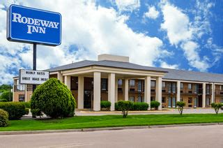 comfort inn cleveland ms rodeway inn hotel in cleveland ms delta state