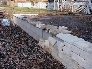 Seat Muret : am liorer un muret tristounet home remedies pinterest retaining walls yards and backyard ~ Gottalentnigeria.com Avis de Voitures