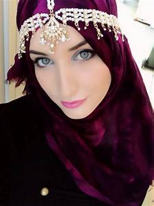Quick and easy hijab tutorial with no pins - HijabiWorld