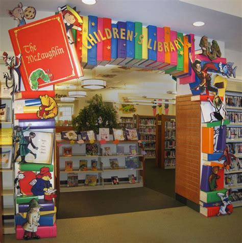 Decorating Books For School by Best 25 Library Decorations Ideas On School