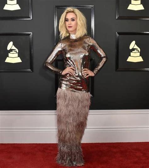 Grammy Awards 2017 : les plus beaux looks du tapis rouge ...