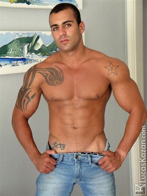 Broad Shoulders Rough Straight Men