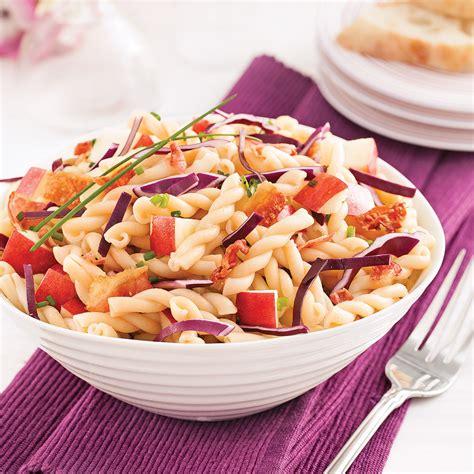 salade de p 226 tes au chou et pommes soupers de semaine recettes 5 15 recettes express