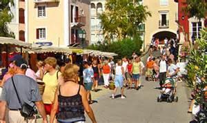 visite du march 233 sur le march 233 populaire 224 port grimaud dans le soleil de la c 244 te d azur
