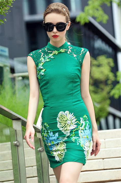 2015 New Fashion Sex Chinese National Dress For Women