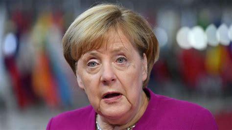 """She is also the first german leader who grew up in the communist east. Angela Merkel von CDU-Leute anonym angezählt: """"Der letzte ..."""