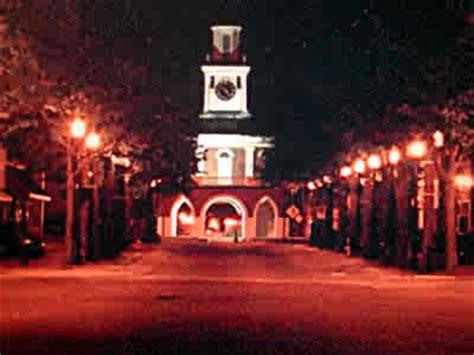 fayetteville nc market house  night photo picture image north carolina  city datacom