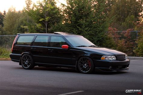 Tuning Volvo V70 side