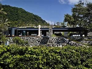 Parement Pierre Extérieure : pierre de parement naturelle et terrasse en bois composite ~ Melissatoandfro.com Idées de Décoration