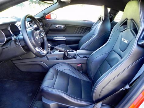 2015 ford mustang interior 2015 ford mustang gt review