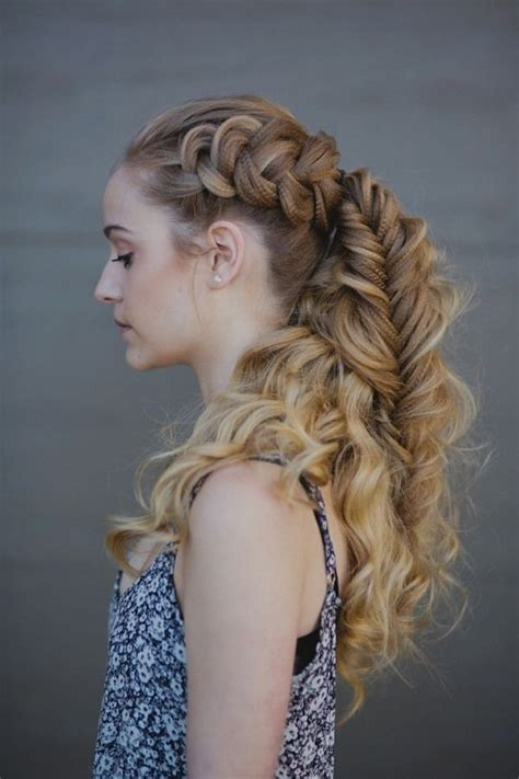viking hairstyle women curly hair braided ponytail viking