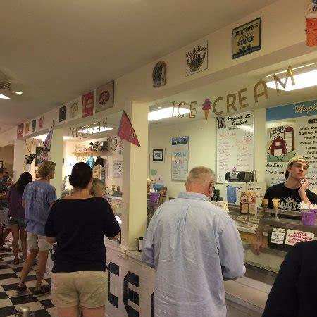 Maple View Ice Cream Store, Hillsborough  Omdömen Om