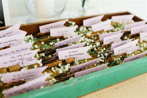 do it yourself wedding place card holder ideas diy clothespin place card holders for a rustic vintage wedding the thinking closet