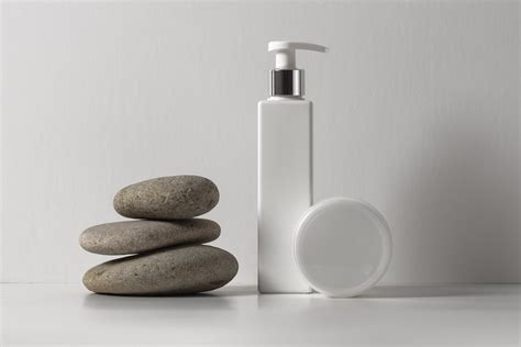 ✓ free for commercial use ✓ high quality images. Lotion Psd Bottle Cosmetic Mockup | Psd Mock Up Templates ...