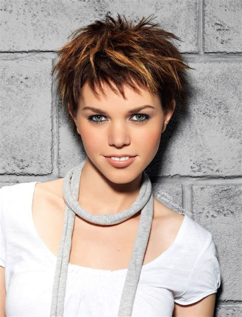 Womens Pixie Hairstyles by 25 Unique Pixie Haircuts For 2018 2019