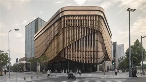 Shanghai Newest Building Constantly Moving Youtube