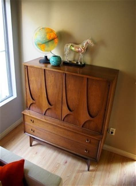 Broyhill Bedroom Furniture Sets - Hollywood Thing