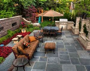 confection d39une terrasse en pierre naturelle les atouts With allee de jardin en pierre 0 amenagement exterieur les pierres et leur rale dans le jardin