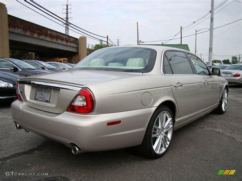 2009 Astral Gold Jaguar Xj Super V8 Portfolio #6562198