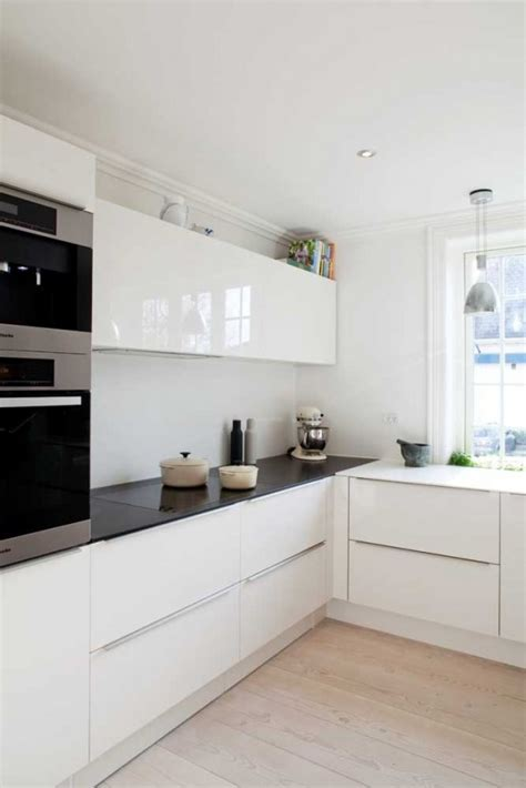 White Gloss Kitchen Design Ideas by 25 Amazing Minimalist Kitchen Design Ideas