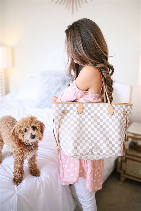 louis vuitton neverfull review whats   bag southern curls pearls louis vuitton