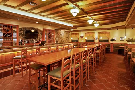 restaurants square garden olive garden s 1st local eatery in bayam 243 n adds 300
