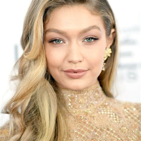 20 of Gigi Hadid's Prettiest Makeup Moments