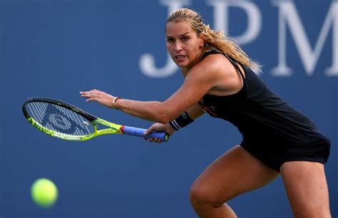 beautiful hottest female tennis players   time   top  list