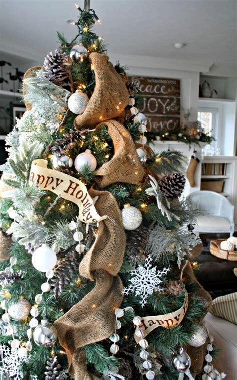 adorable indoor rustic christmas decor ideas digsdigs