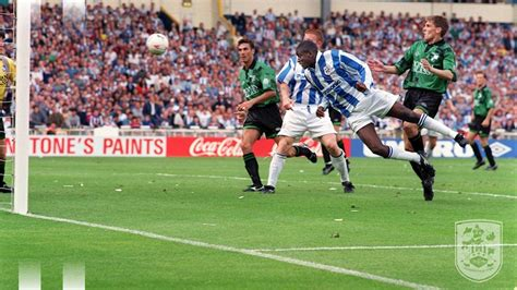 Would brentford make the premier league for the first time in their history or would fulham return to the promise land at the first time of asking?an. WATCH: NEIL WARNOCK'S TAKE ON THE 1995 PLAY-OFF FINAL ...