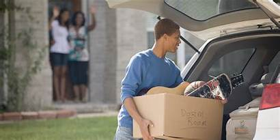 College Student Packing Leaving Kid Leave Parents