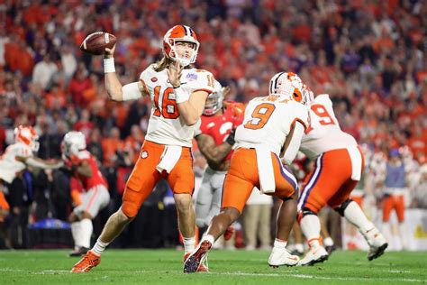 trevor lawrence  paid  bitcoin signs contract