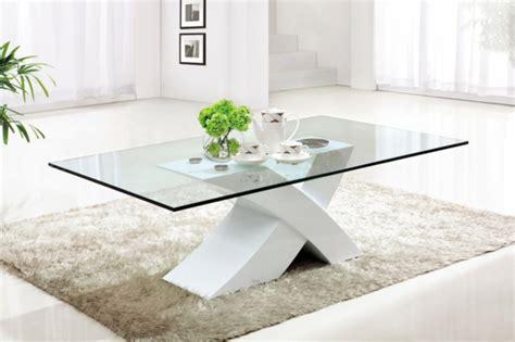 La table de salon en verre   Archzine.fr