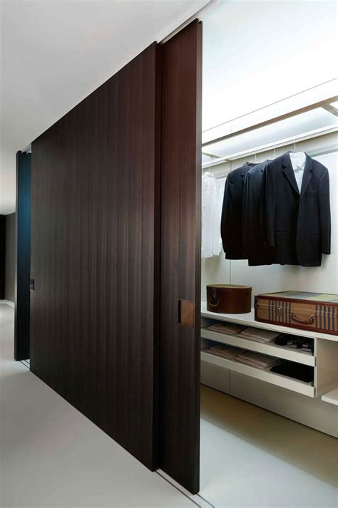 Sliding Wardrobe Closet by How To The Closet System That Best Suits Your Style